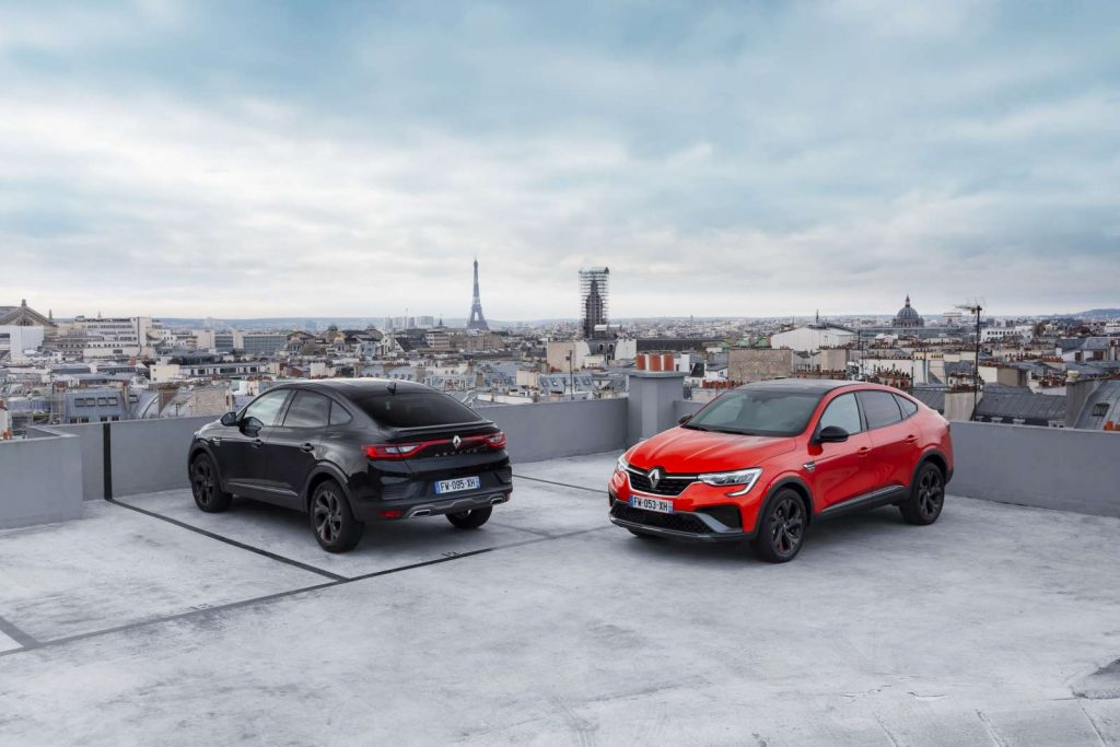 1 2021 Essais presse Renault ARKANA Metallic Black et Orange Valencia