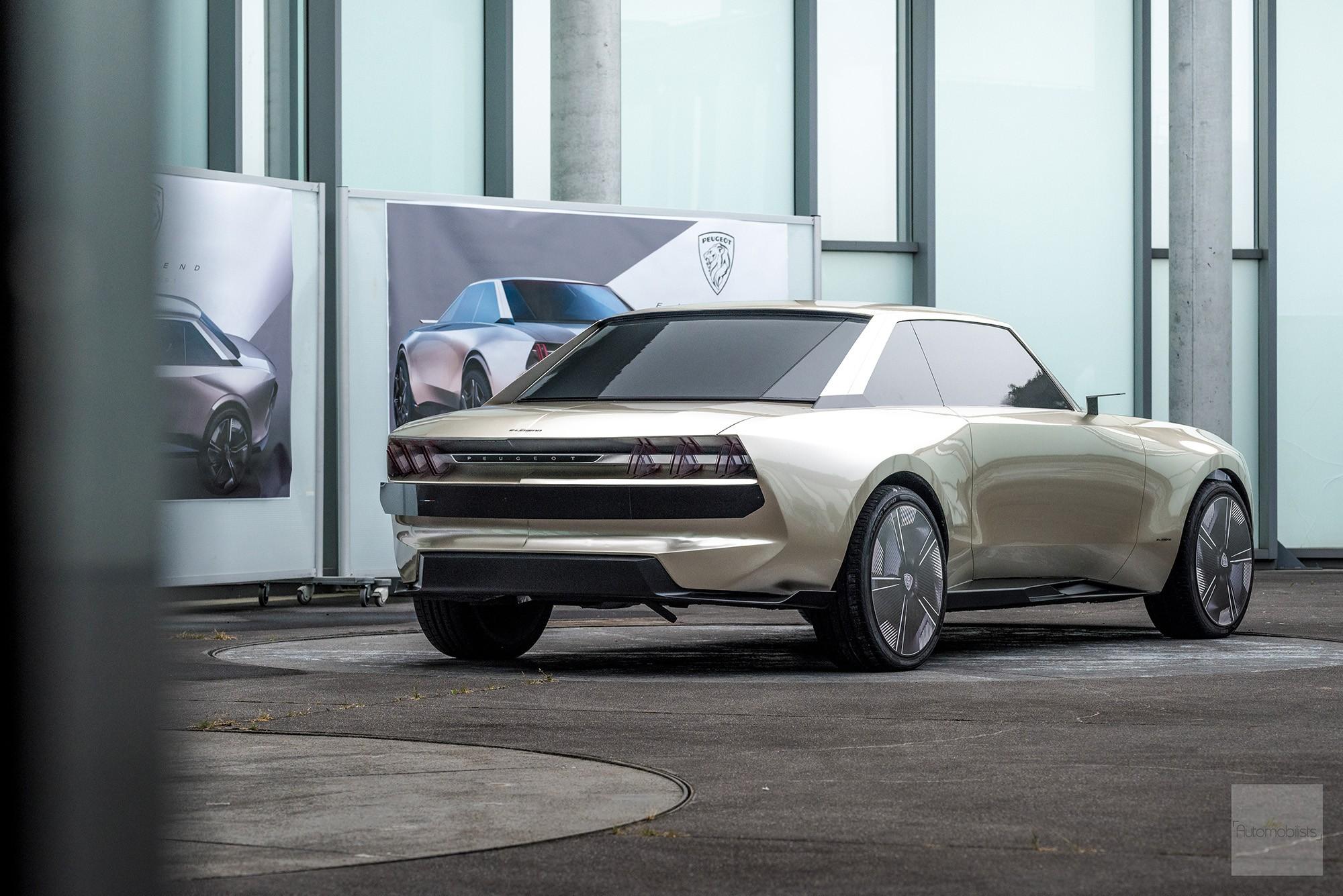Peugeot P18 Paris Motor Show 2018 E Legend Concept Car presentation maquette creuse face arriere 2