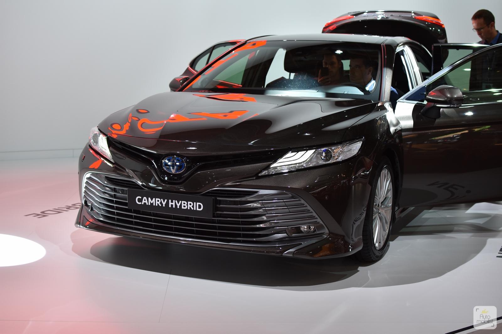 Mondial Paris 2018 Toyota Camry