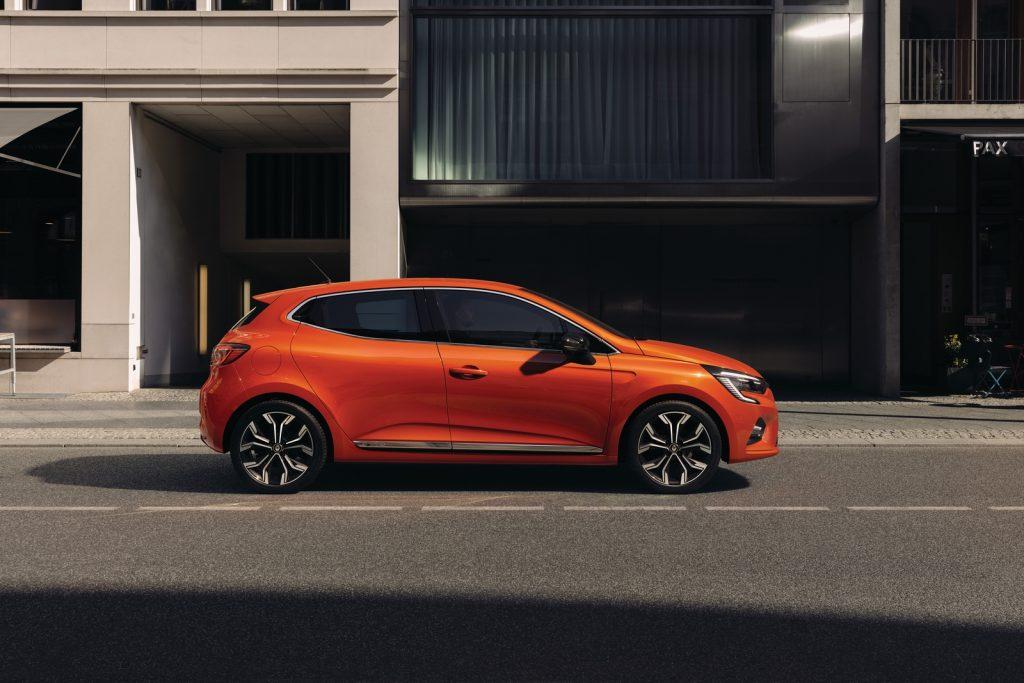 21221461 2019 New Renault CLIO