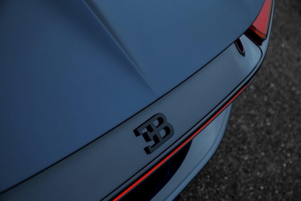Bugatti Chiron Sport 110 ans LNA 11