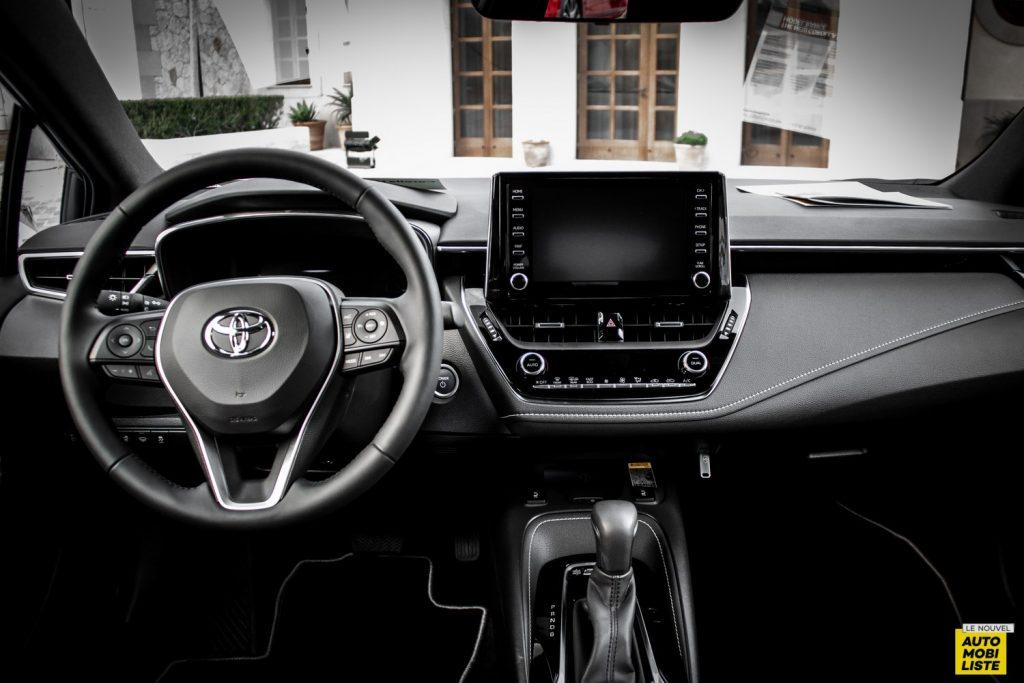 Essai Toyota Corolla 2019 LeNouvelAutomobiliste 031