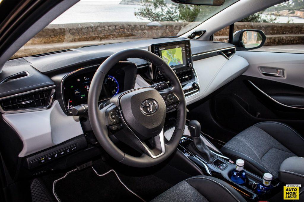 Essai Toyota Corolla 2019 LeNouvelAutomobiliste 049