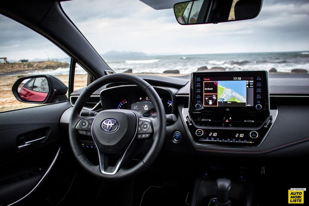 Essai Toyota Corolla 2019 LeNouvelAutomobiliste 135