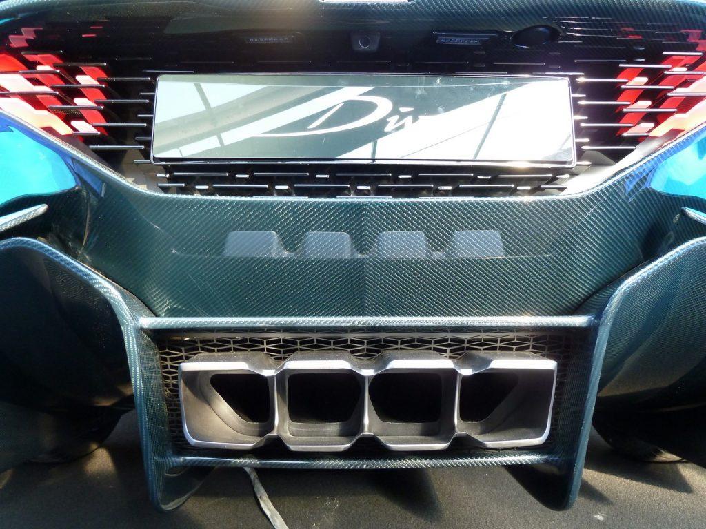 FAI 2019 Bugatti Divo LNA FB 32