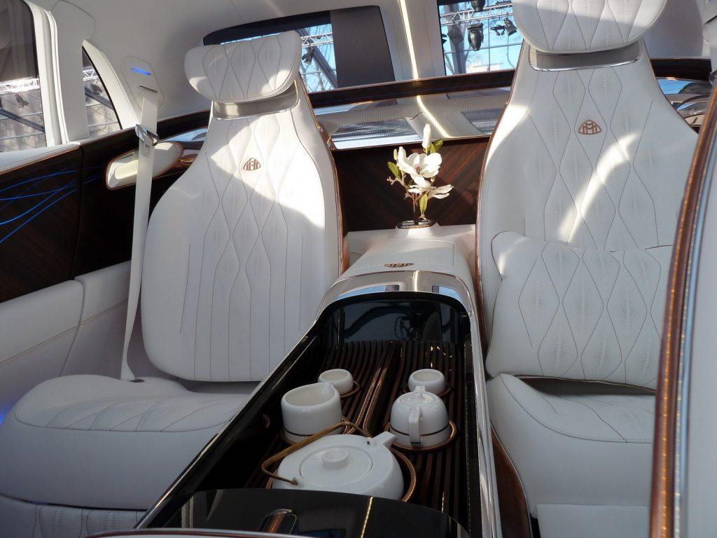 FAI 2019 Mercedes Maybach Ultimate Luxury LNA FB 11