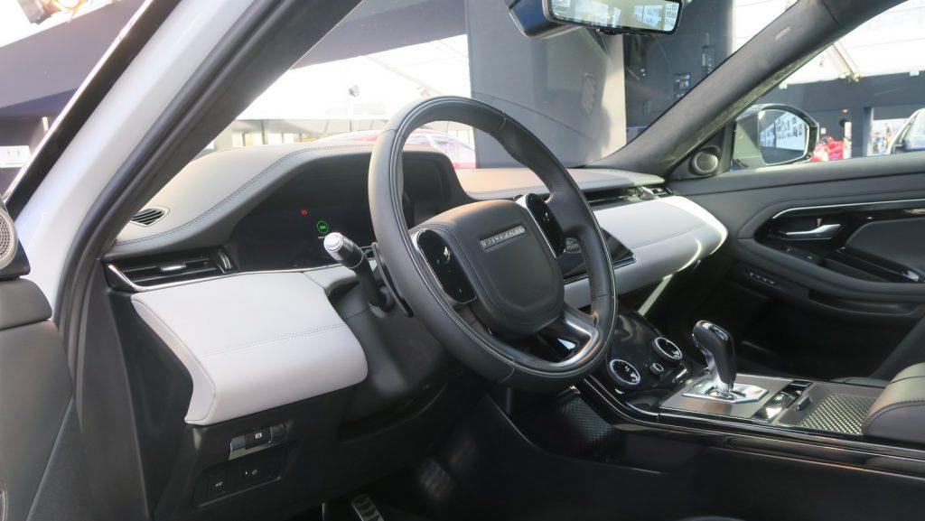 FAI 2019 Range Rover Evoque mk2 LNA FM 1
