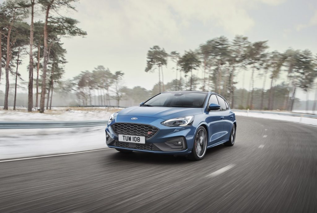 Ford Focus ST 2019 01
