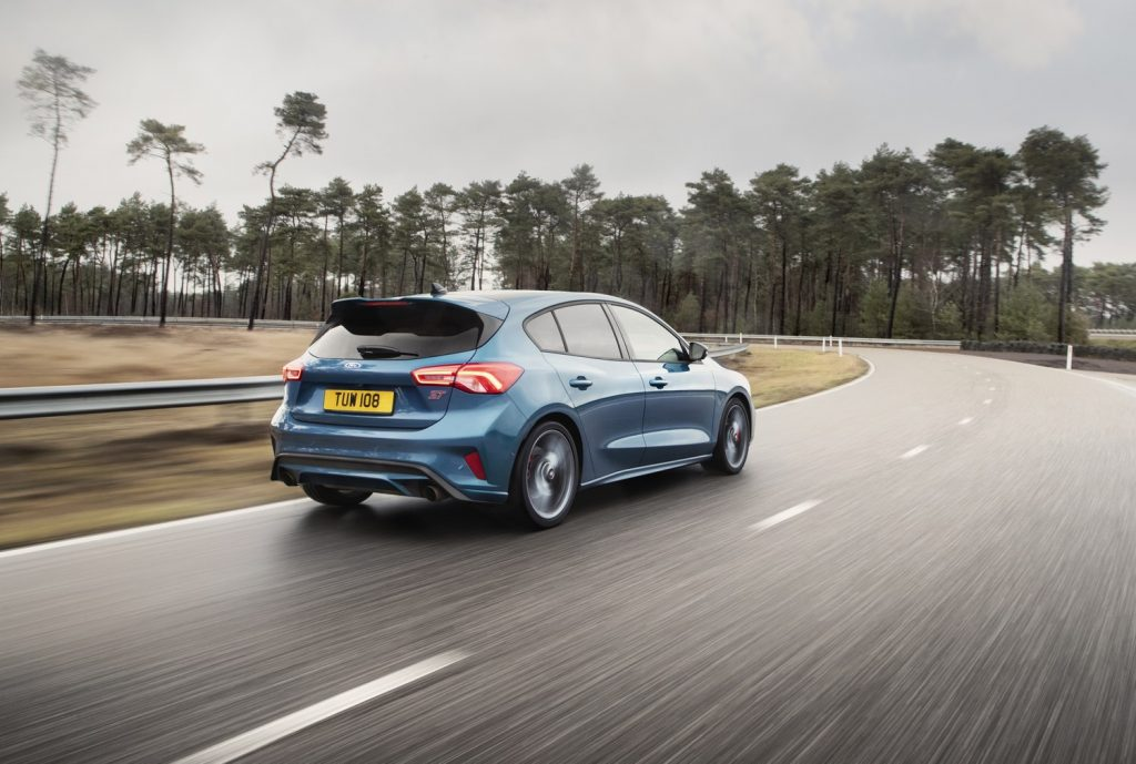 Ford Focus ST 2019 03