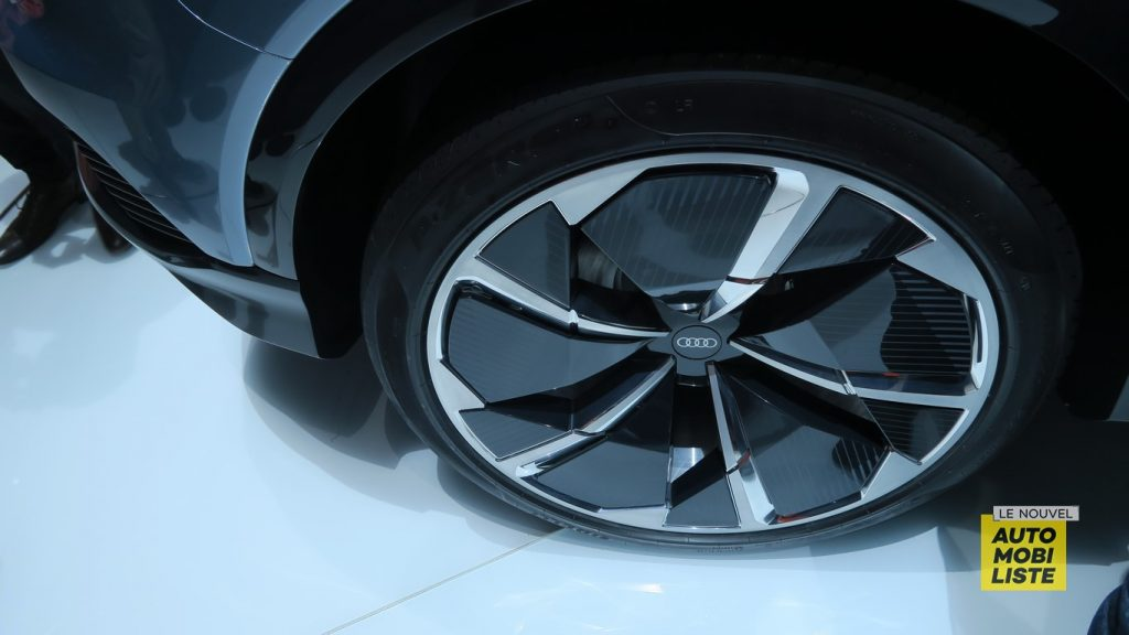 Audi Q4 e tron concept Geneva 2019 LNA FM 17