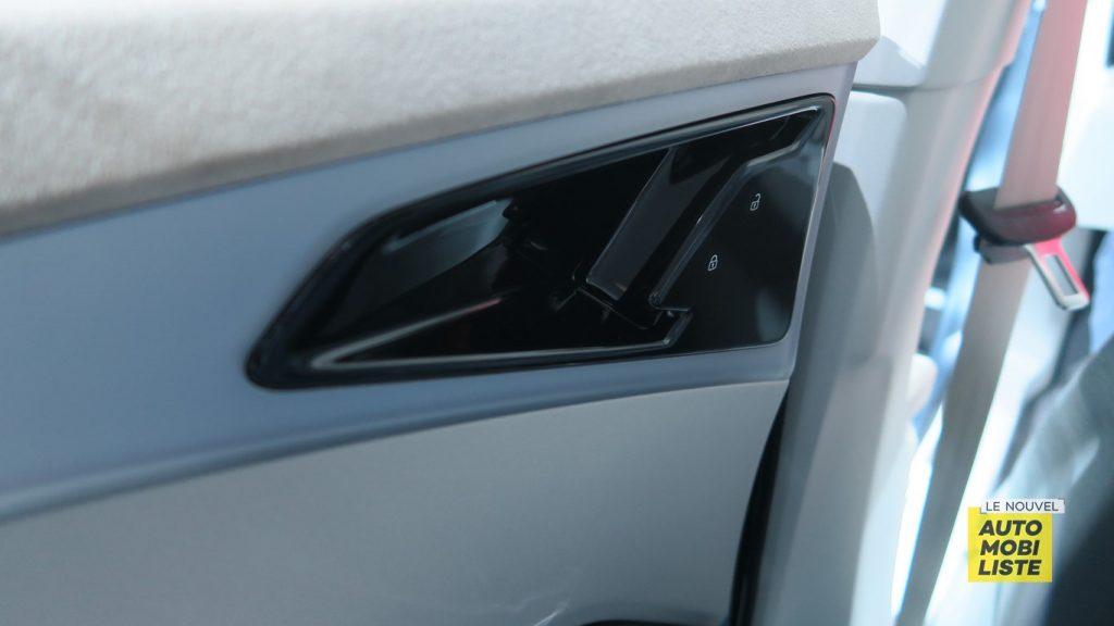 Audi Q4 e tron concept Geneva 2019 LNA FM 35