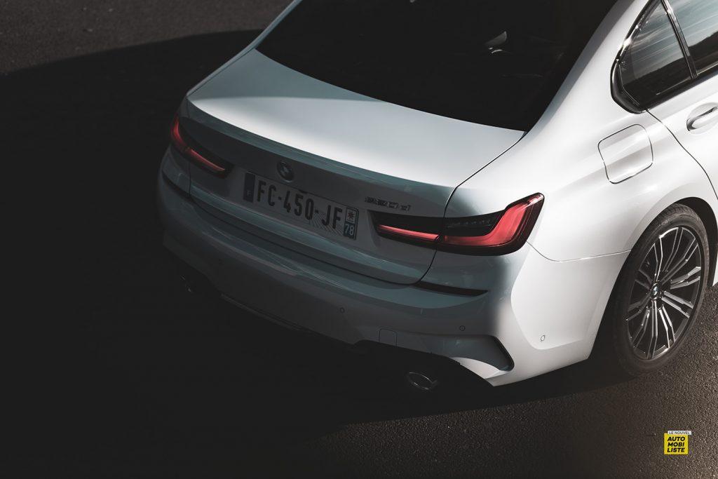 Essai bmw serie 3 320d MSport Luxury BVA8 detail signature lumineuse