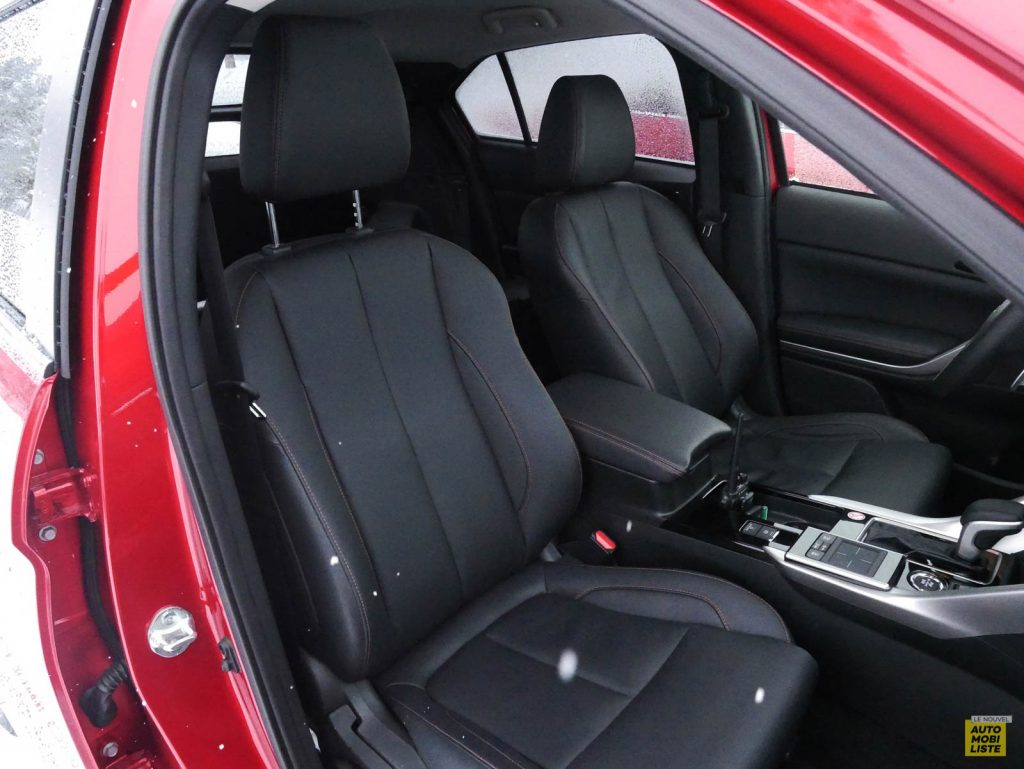 LNA 2018 Mitsubishi Eclipse Cross Interieur 12