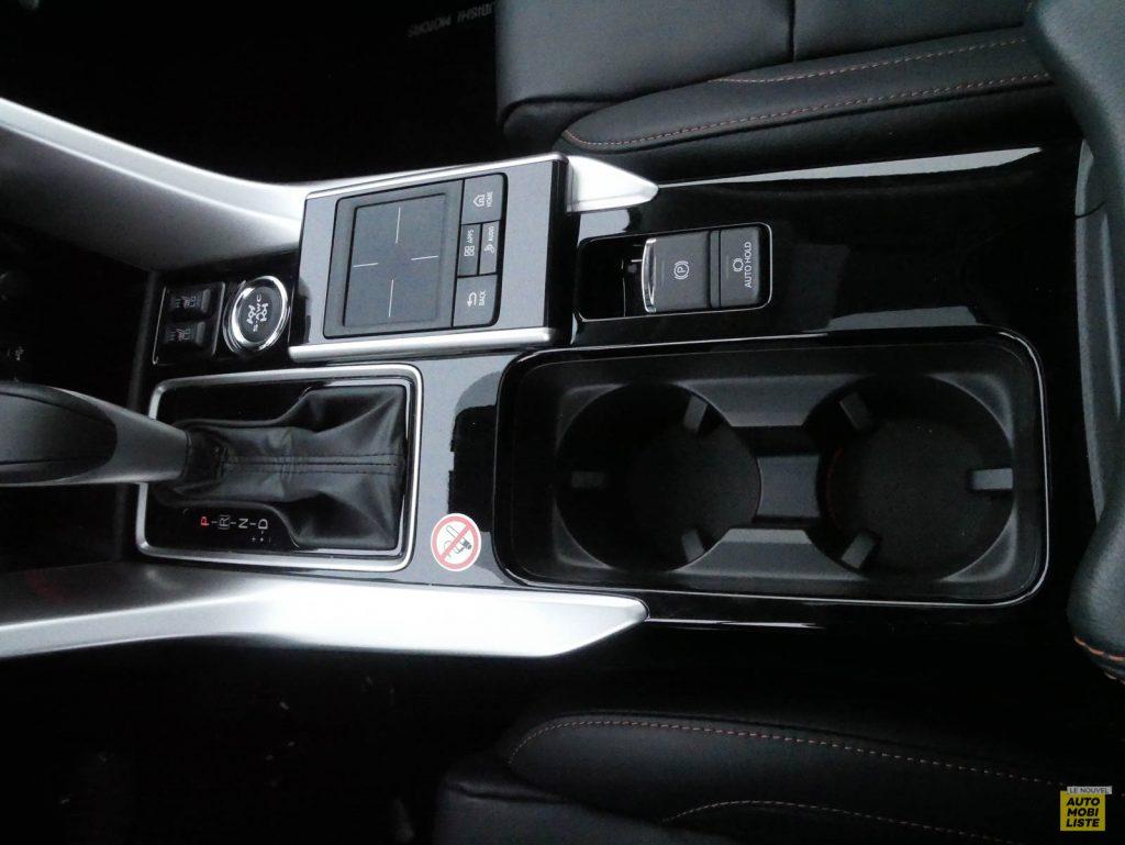 LNA 2018 Mitsubishi Eclipse Cross Interieur 15