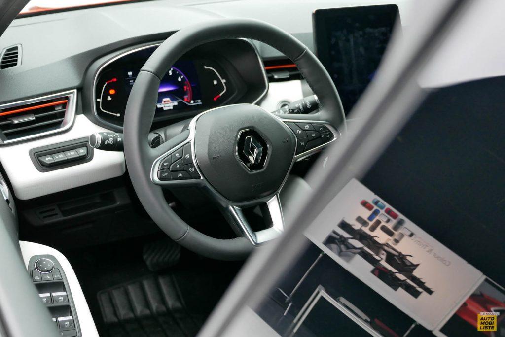 LNA 2019 Renault Clio V Intens Interieur 01