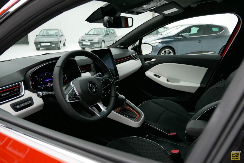 LNA 2019 Renault Clio V Intens Interieur 04