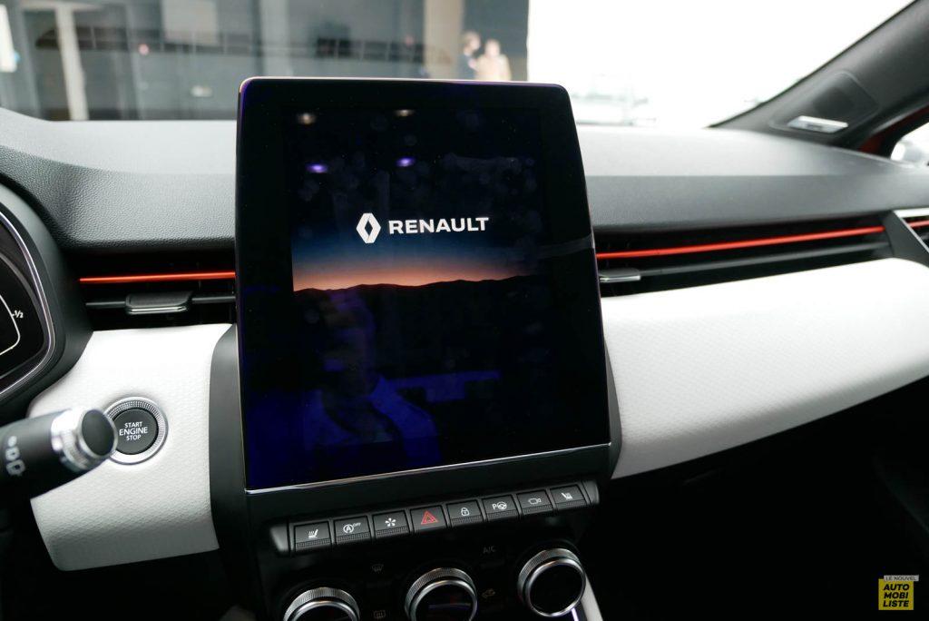 LNA 2019 Renault Clio V Intens Interieur Details 15