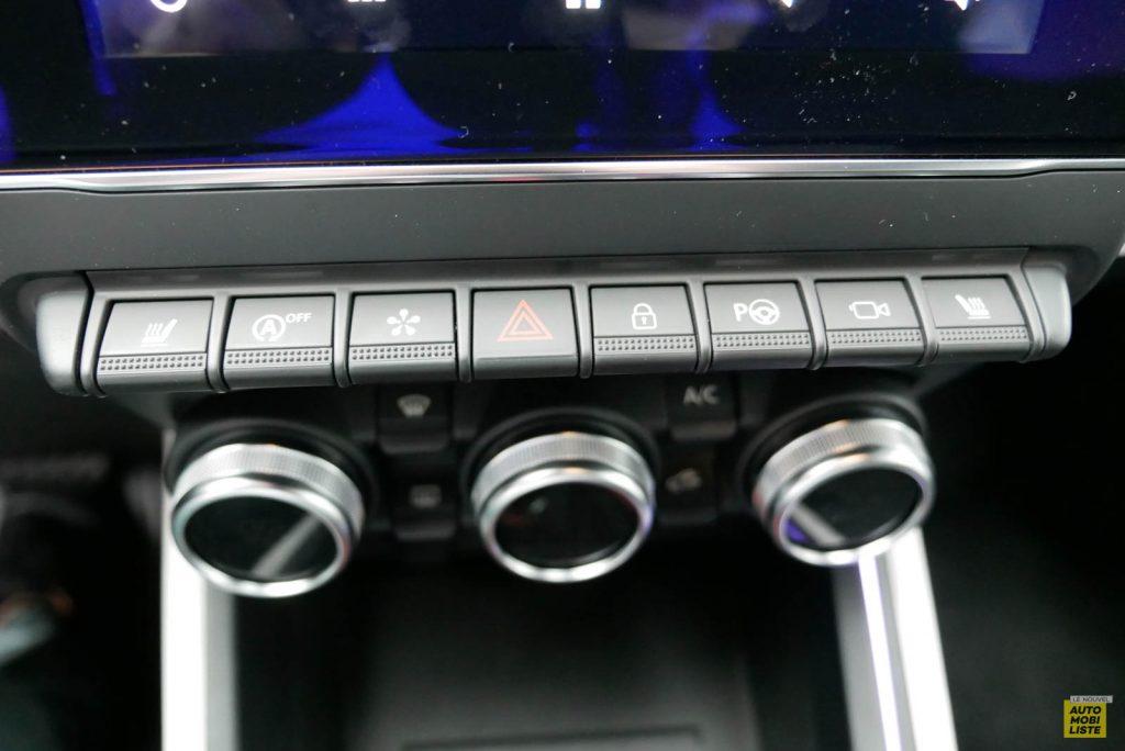 LNA 2019 Renault Clio V Intens Interieur Details 17