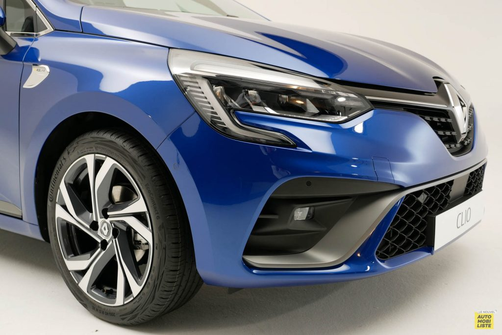 LNA 2019 Renault Clio V RS Line Exterieur Details 01
