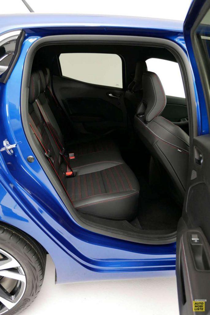 LNA 2019 Renault Clio V RS Line Interieur 01