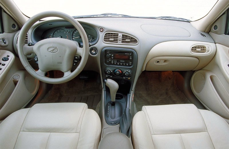 Oldsmobile alero interior1