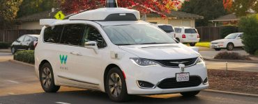 dossier voiture autonome waymo chrysler
