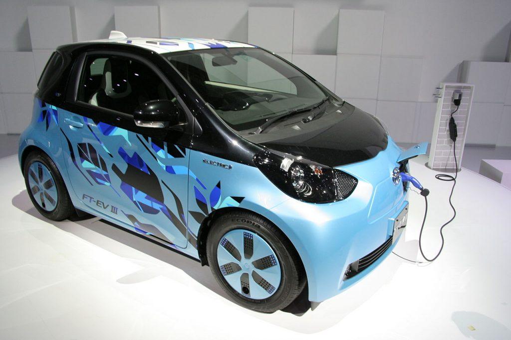 Toyota eQ 2011 1