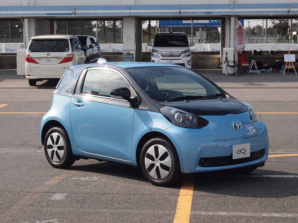 Toyota eQ 2012