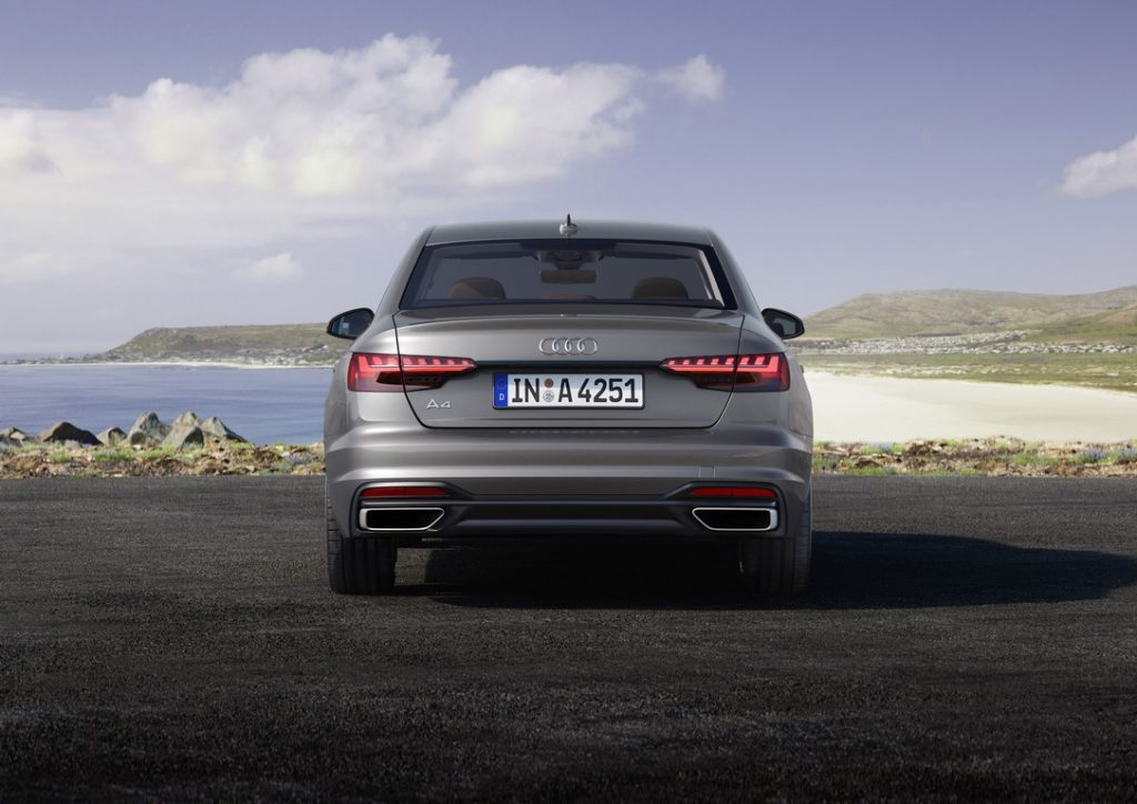 Audi A4 2019 17
