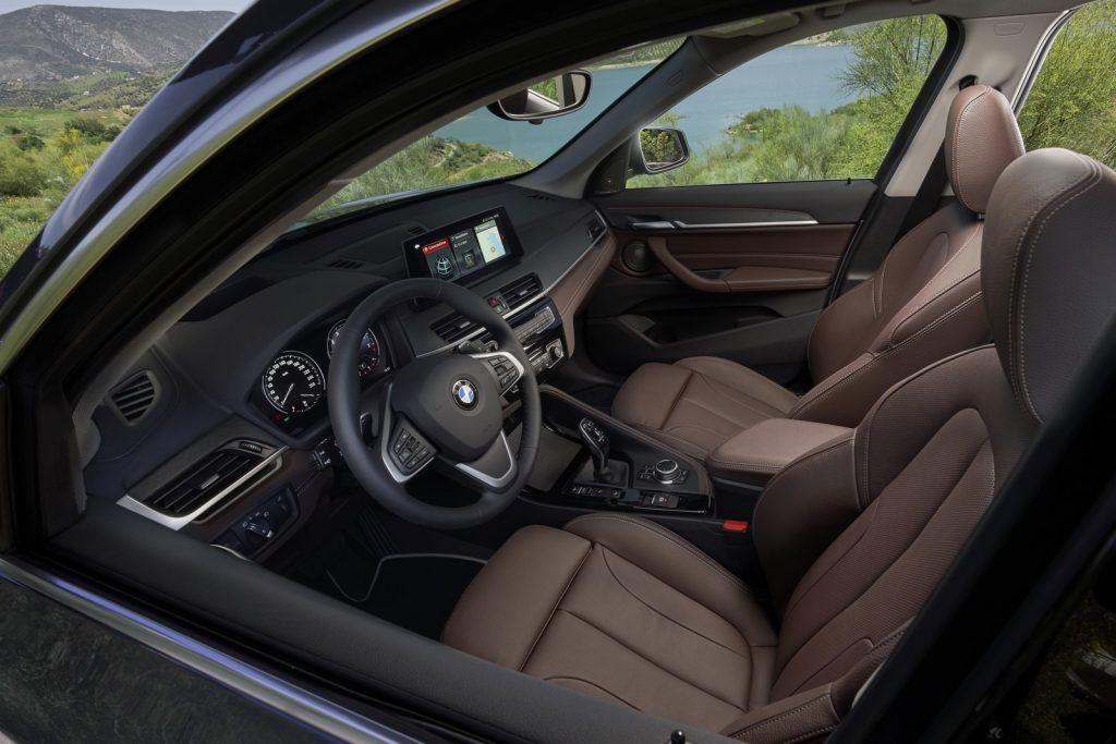 BMW X LNA 2019 18