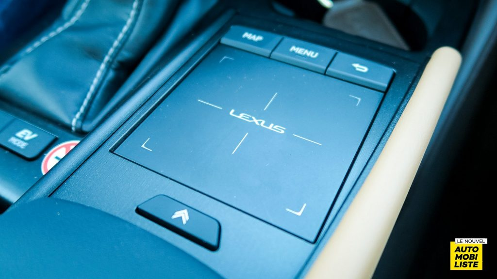 Lexus ES 300h