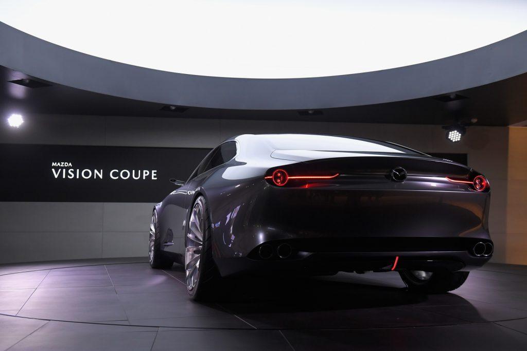 Mazda annonce des 6 cylindres en ligne LNA 03