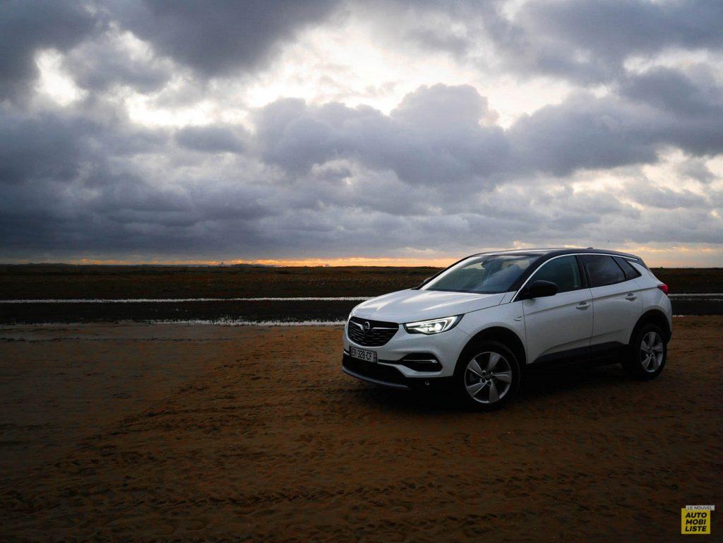 Opel GrandlandX a la Plage 001