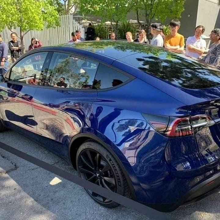 Tesla Model Y sortie publique 2