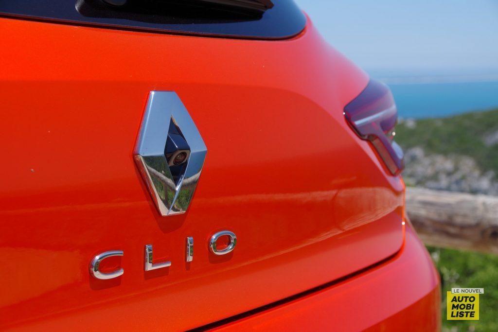 Renault Clio V 2019 LNA FM 86