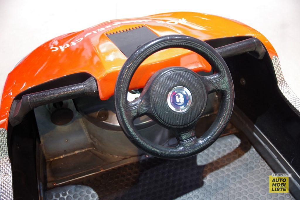 Auto tamponneuse Opel Francfort 2019 LNA FM 3