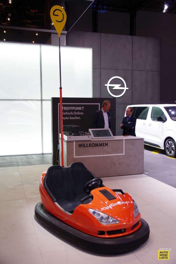 Auto tamponneuse Opel Francfort 2019 LNA FM 6