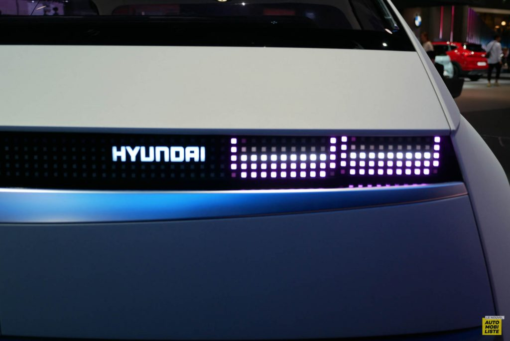 LNA 1909 IAA Hyundai 45 10