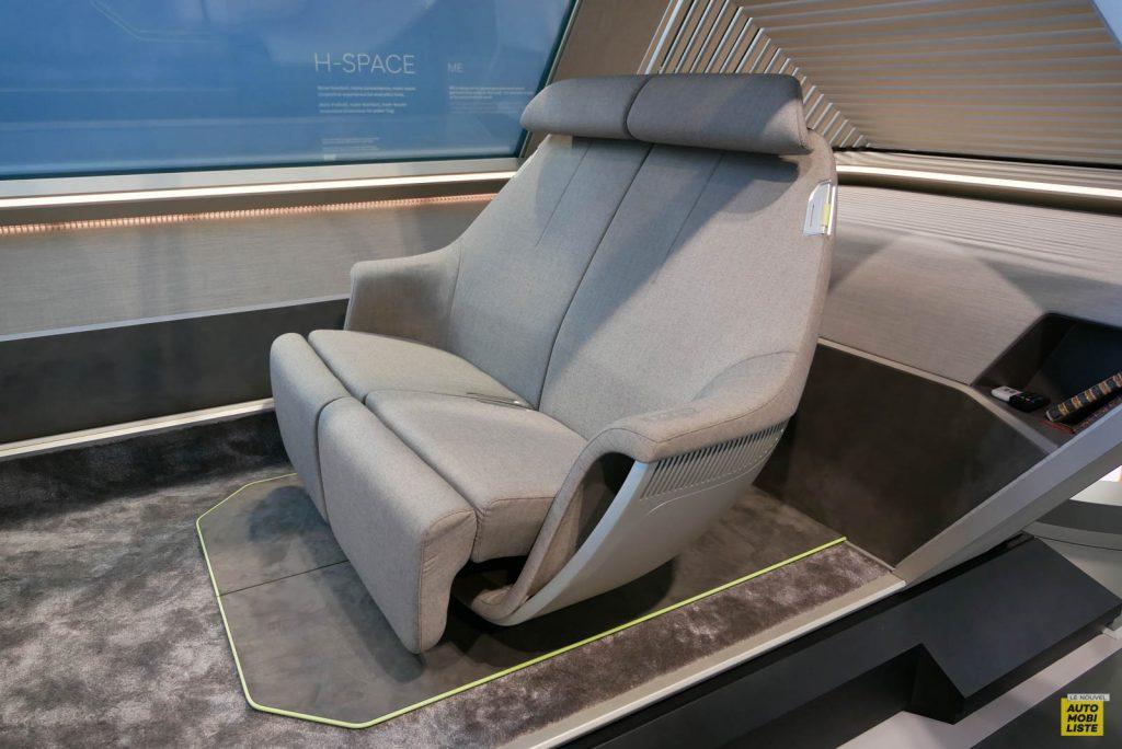 LNA 1909 IAA Hyundai H Space 012