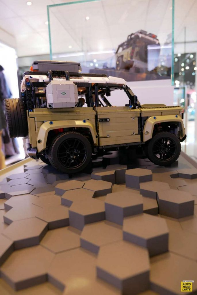 LNA 1909 IAA Lego Technic Land Rover Defender 25