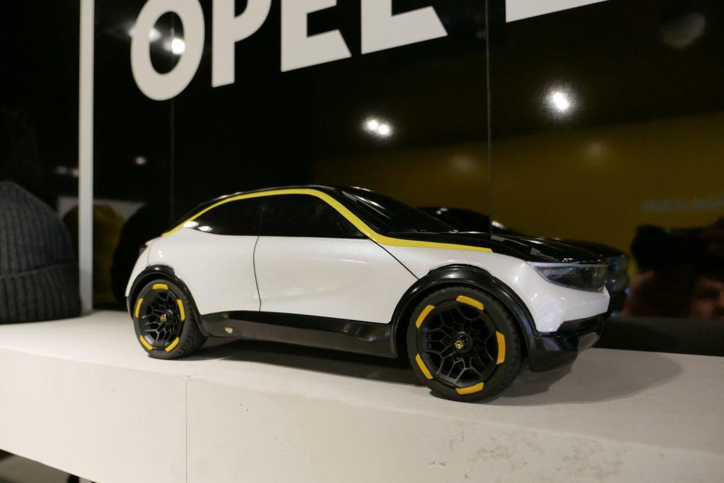 LNA 1909 IAA Opel 03