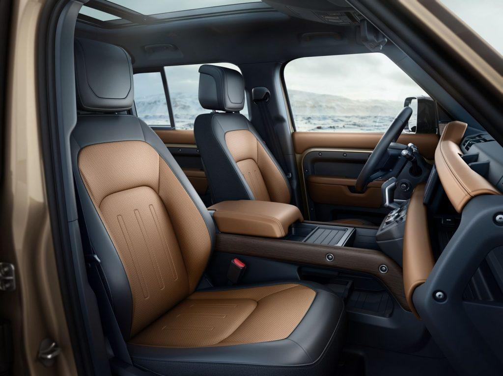 Nouveau Land Rover Defender 2019 LNA-602163