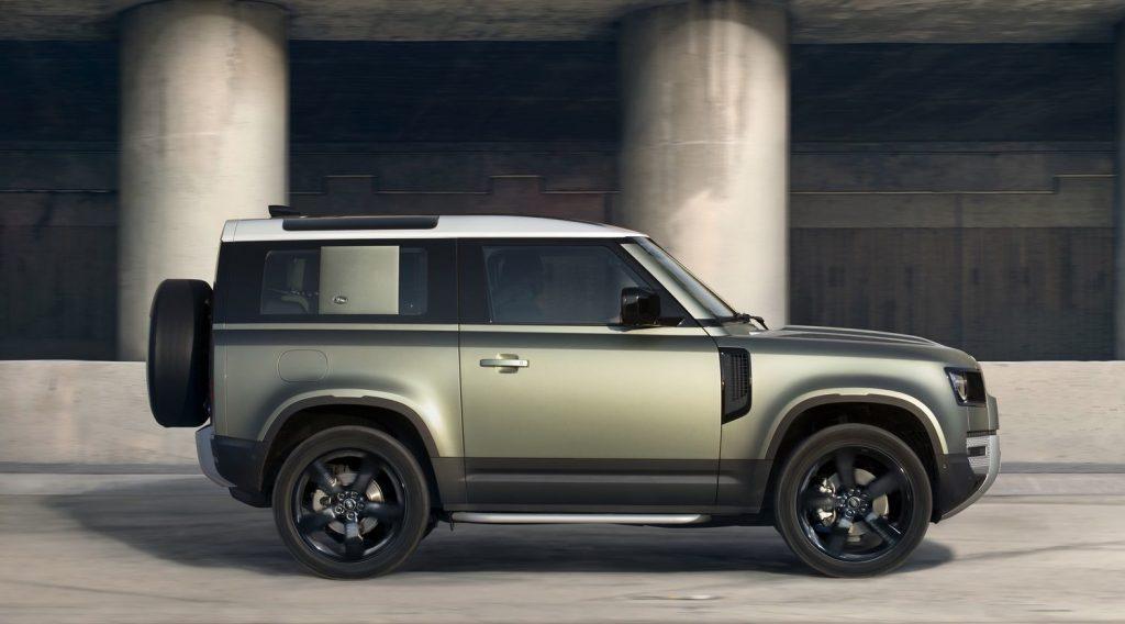 Nouveau Land Rover Defender 2019 LNA-602191