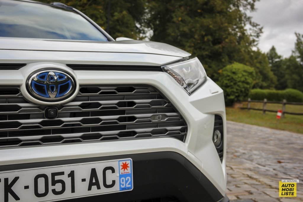 Essai Toyota Rav4 2WD i Lounge 109