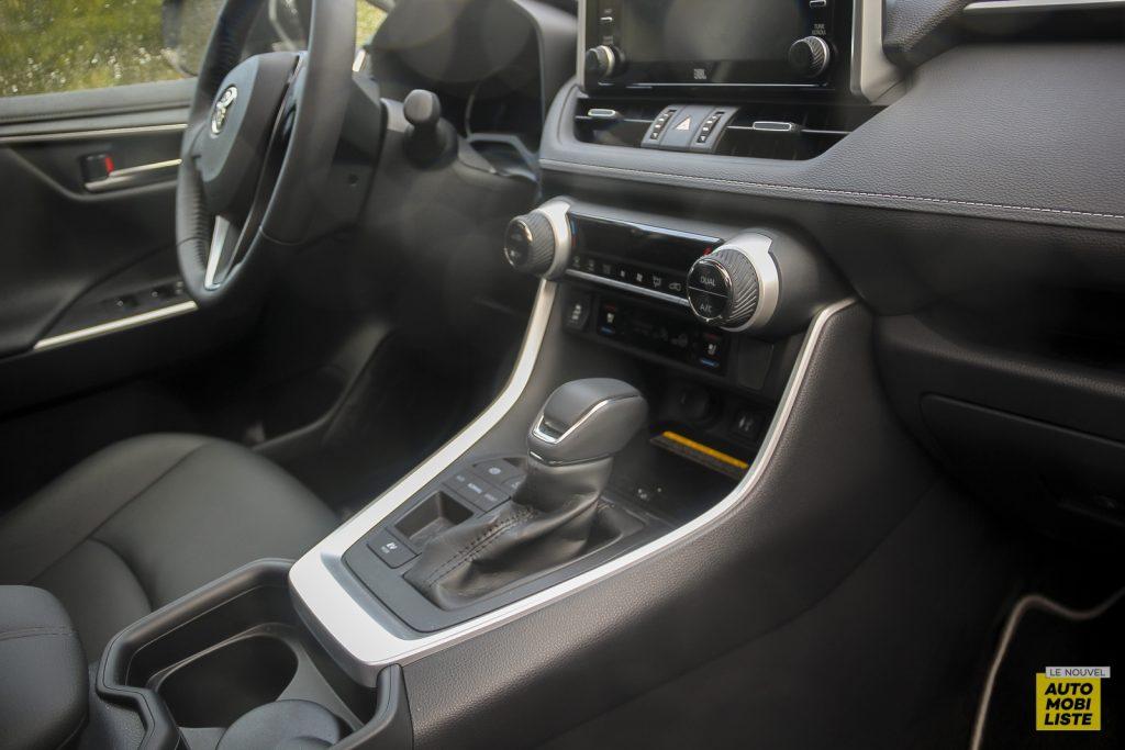 Essai Toyota Rav4 2WD i Lounge 145