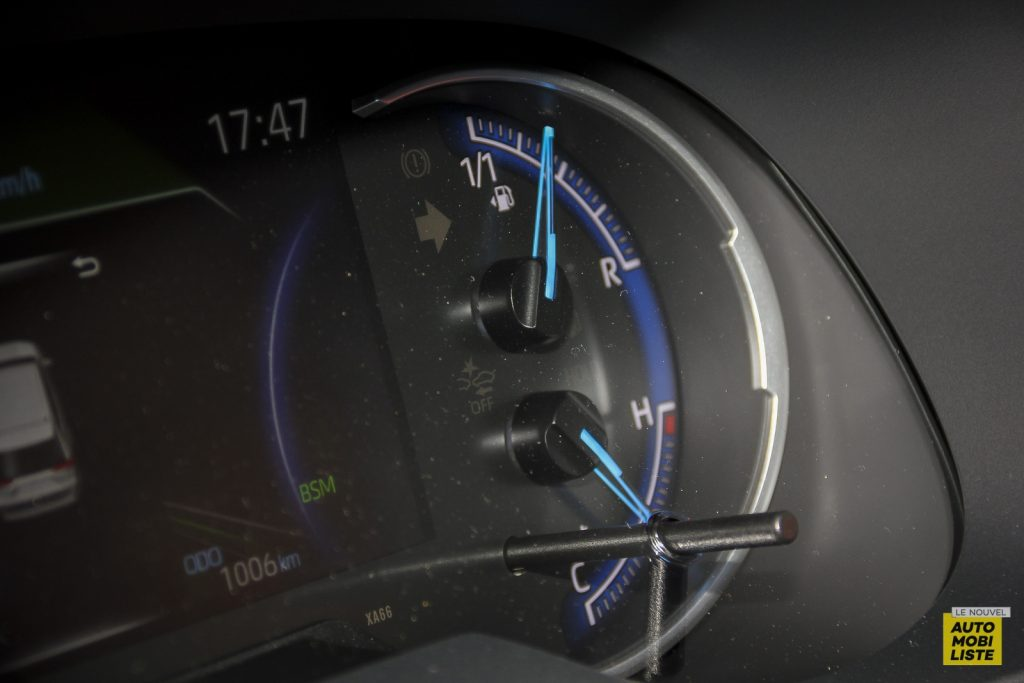 Essai Toyota Rav4 2WD i Lounge 159