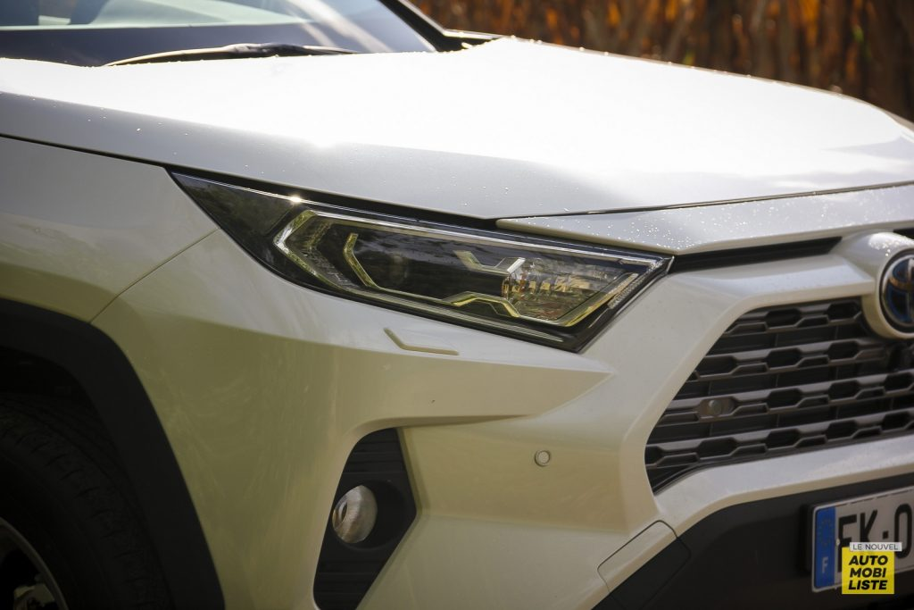 Essai Toyota Rav4 2WD i Lounge 33