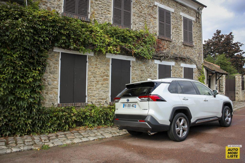 Essai Toyota Rav4 2WD i Lounge 57