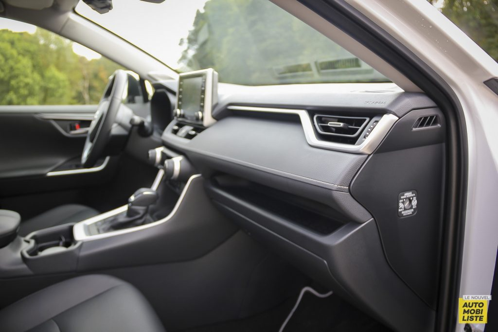 Essai Toyota Rav4 2WD i Lounge 85