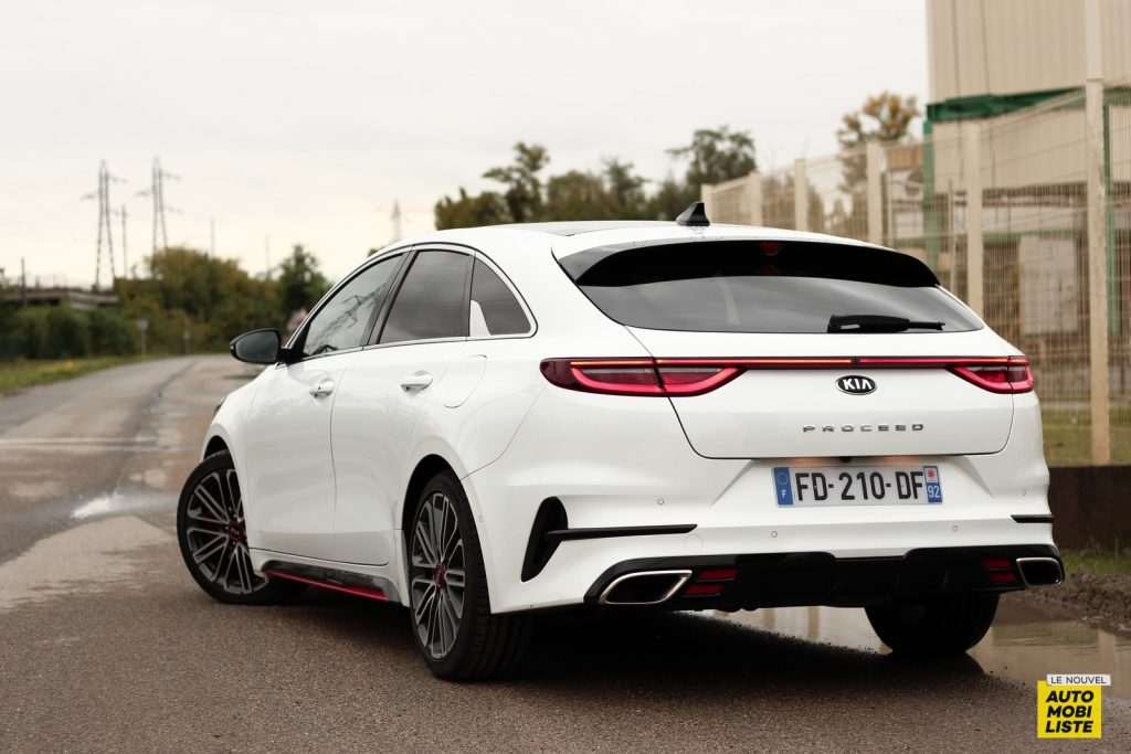 Kia Proceed LNA Dumoulin (32)